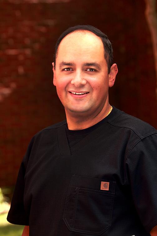 Miguel Cerron-Surgical Assistant Se habla espanol